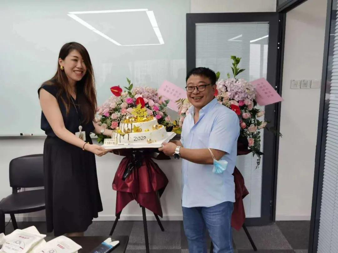 恭祝北京中机日精bwinapp最新版有限公司乔迁新居