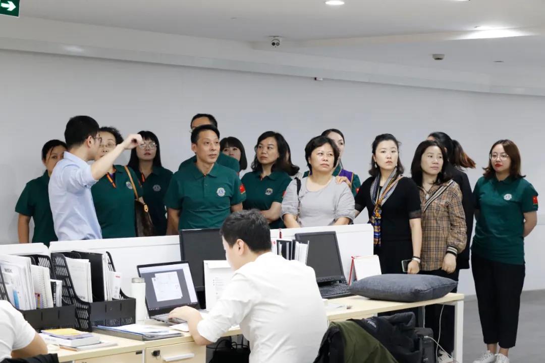 中国狮子联会浙江联合服务队莅临光越传动指导交流工作