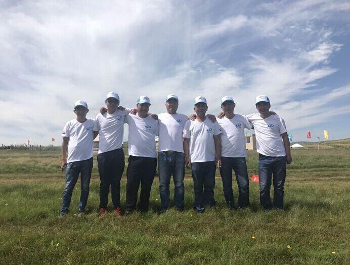 内蒙古草原欢乐行